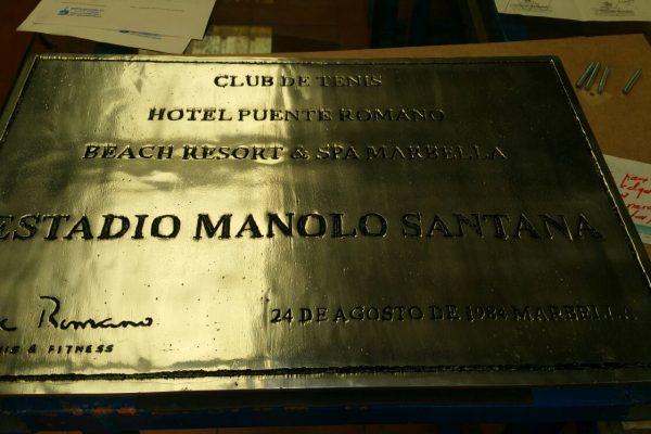 Placa Aluminio Manolo Santana