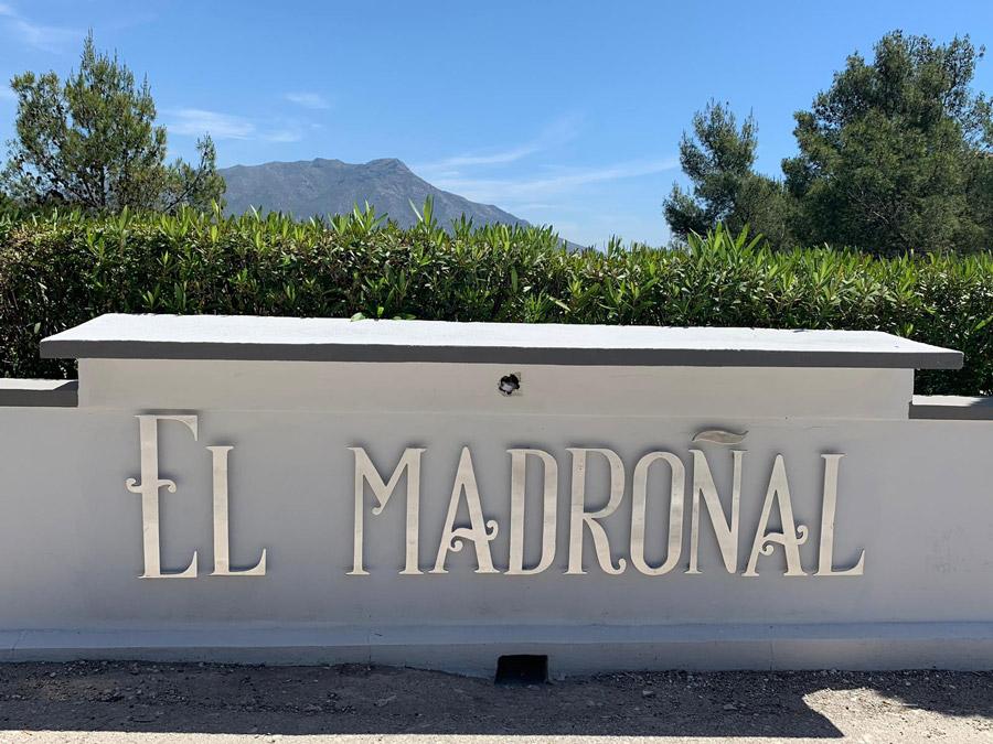 Letras URB. EL MADROÑAL Aluminio - Signage EL MADROÑAL Aluminium