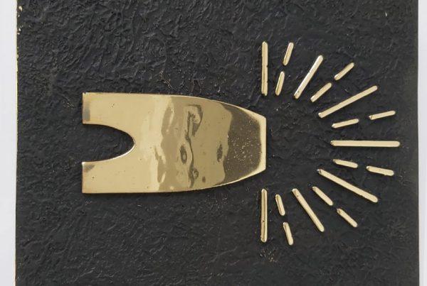 Tirador LOGO VMF latón I - Doorhandle LOGO VMF Brass